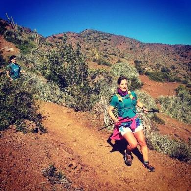 entrenando en algún cerro de la capital Chilena